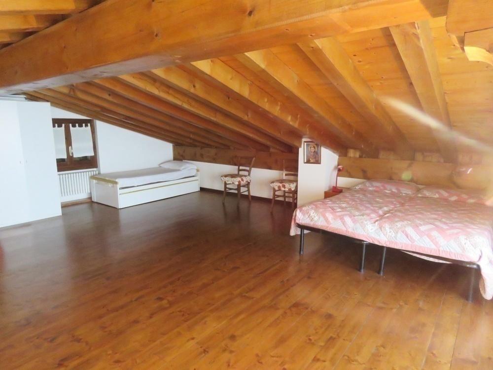 villa gargnano gardasee west kaufen immobilien s dtirol. Black Bedroom Furniture Sets. Home Design Ideas
