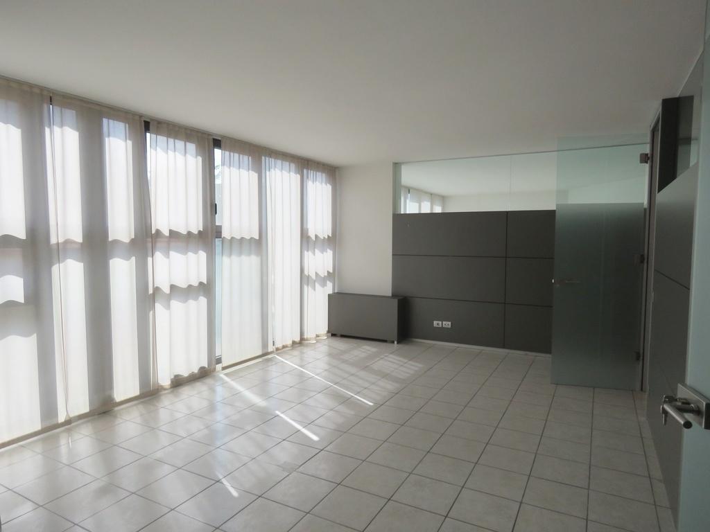b ro praxis salon bozen rentsch bozner boden bozen kaufen immobilien s dtirol. Black Bedroom Furniture Sets. Home Design Ideas